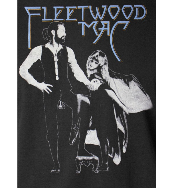 rumours by fleetwood mac Editors' notes fleetwood mac's rumours practically defined fm-radio in the late-'70s the group's three main songwriters each carved out their territory as their romantic lives with each other were falling apart.